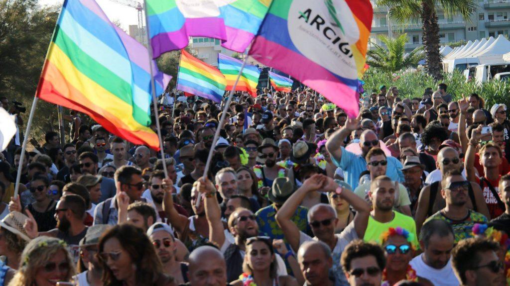 Tutte le date dell'Onda Pride 2018: da Torino a Gallipoli 3 mesi di orgoglio