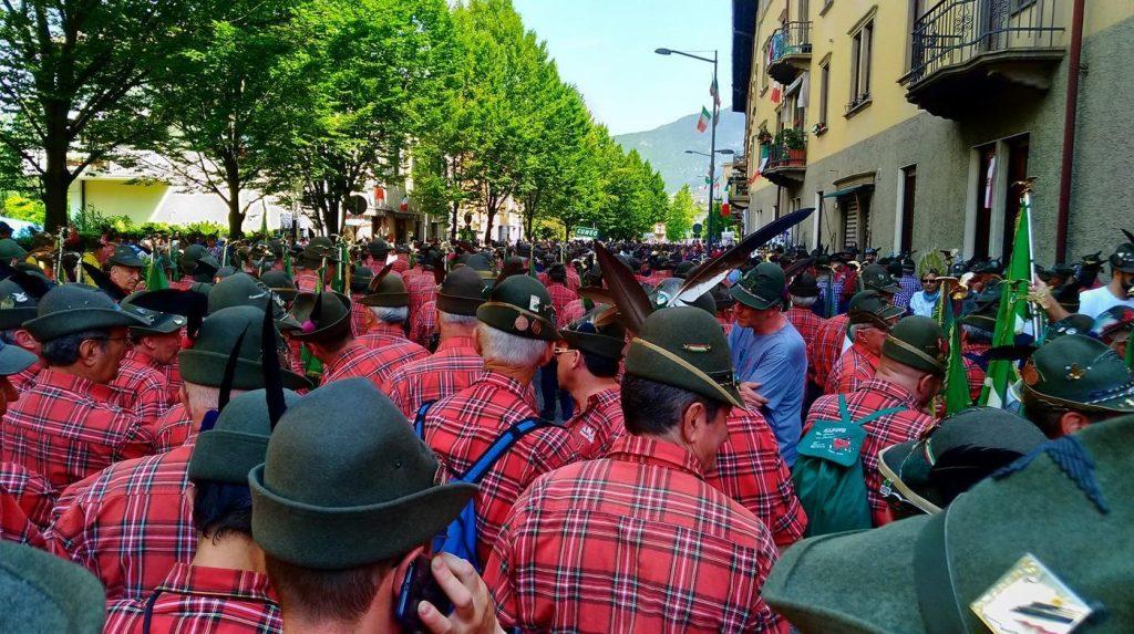 La Provincia Autonoma di Trento non dà il patrocinio al Pride, ma agli alpini sono concesse le molestie