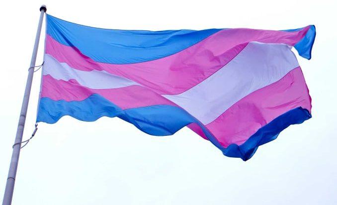 Preside chiede scusa allo studente trans vittima di deadnaming a scuola