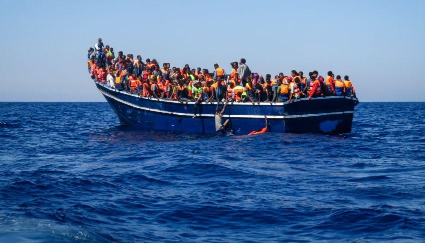 Migranti, le associazioni LGBT+ contestano duramente Musumeci: «Vada a casa»