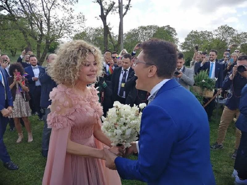 Eva Grimaldi e Imma Battaglia spose: le foto del matrimonio LGBT dell'anno