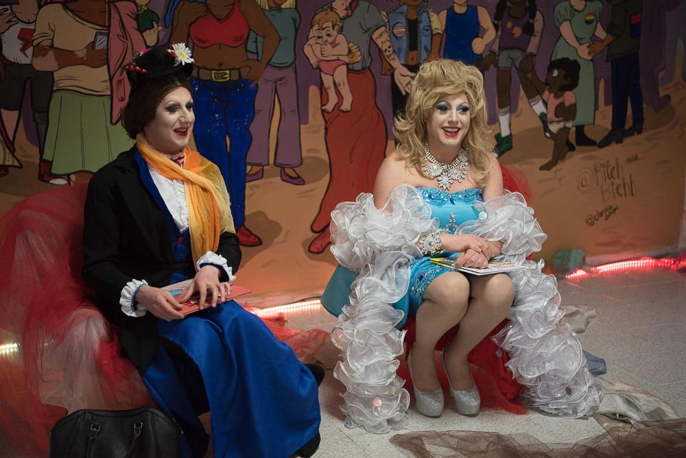Ad Alessandria le drag queen leggono le fiabe ai bambini