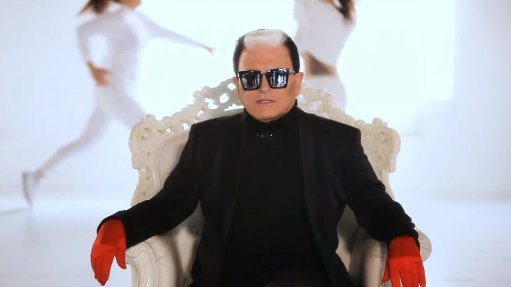 Dolceamaro: guarda il videoclip del singolo di Malgioglio e Barbara d'Urso