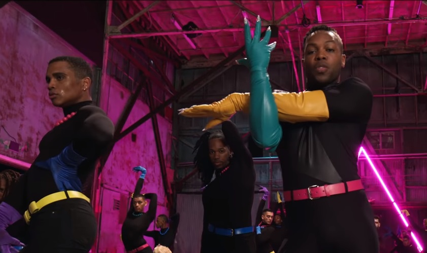 Todrick Hall presenta Nails, Hair, Hips, Heels, il video più queer di sempre