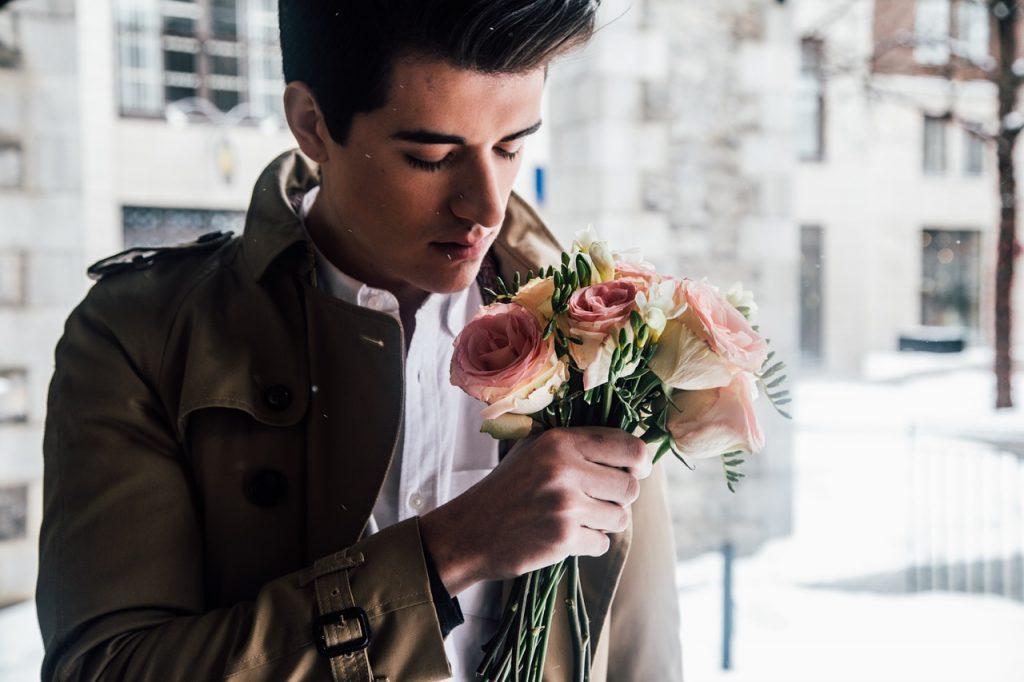 Amore omosessuale: dillo con un fiore, scopri il più adatto