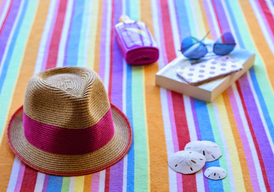 Sette letture LGBT per le vostre vacanze estive