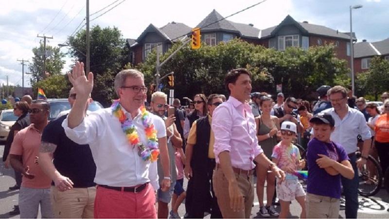 Il sindaco di Ottawa fa coming out: «Grosso errore non averlo fatto prima»