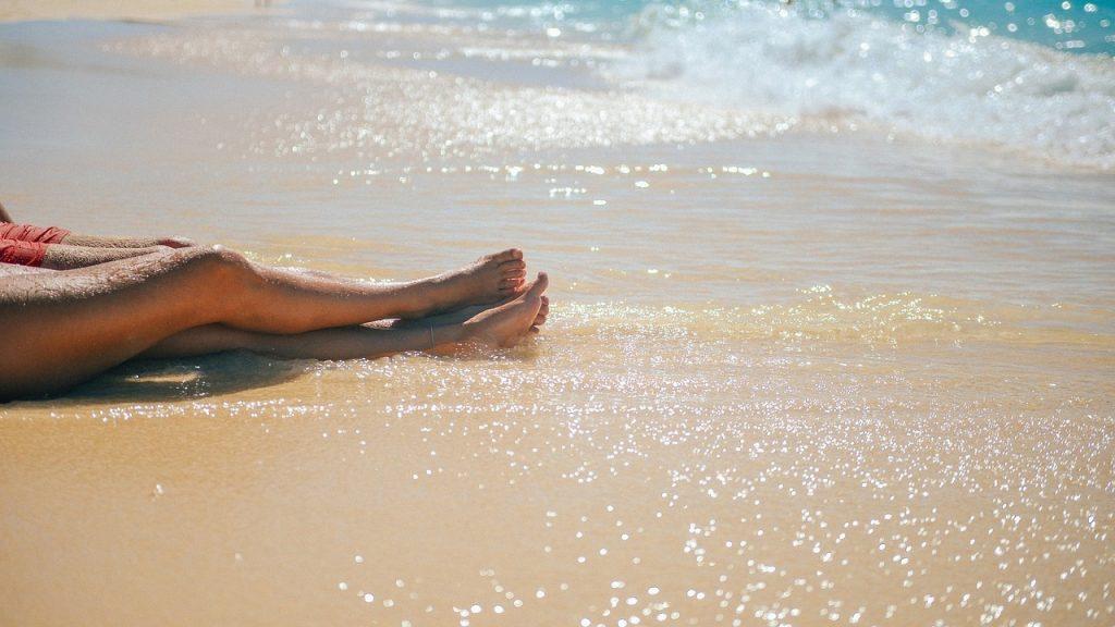 Spiaggia gay, il must have delle tue vacanze LGBT: le 5 più ricercate