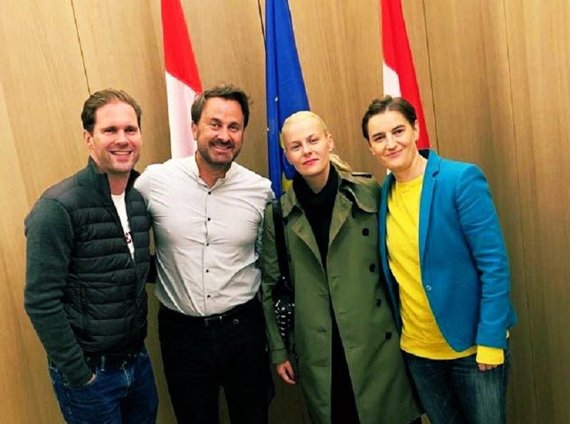 I due primi ministri europei omosessuali si incontrano e la foto è virale