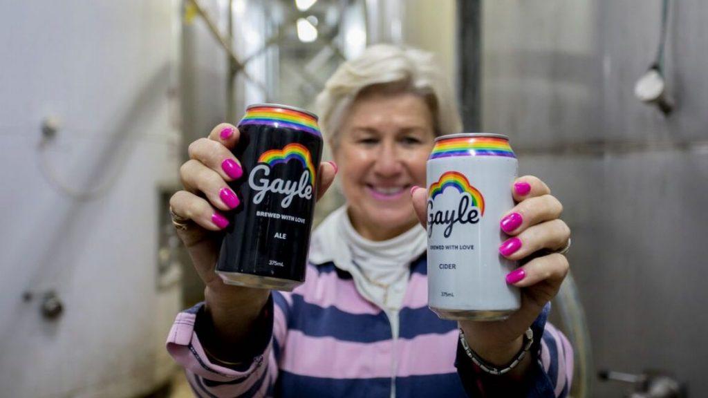 Altro che Pride Month: arriva Gayle, la birra rainbow tutto l'anno