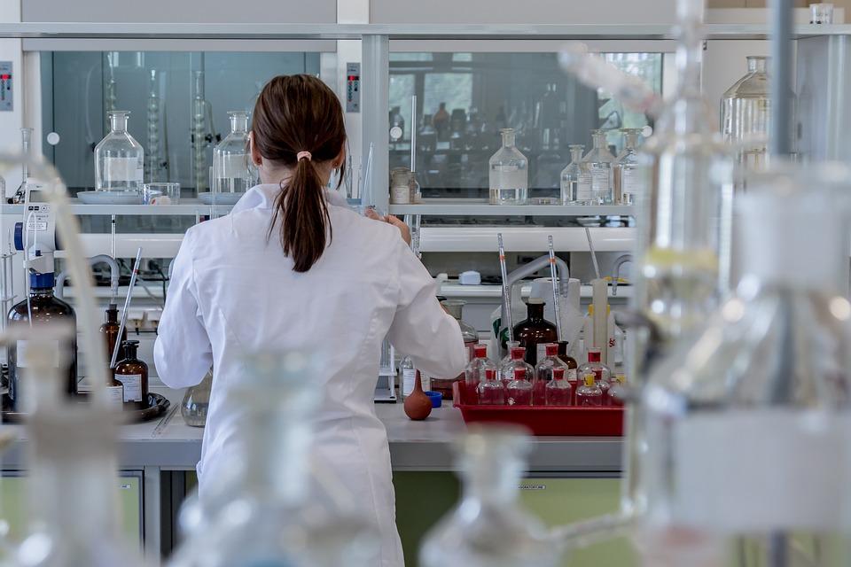 Il virus dell'HIV è stato totalmente eliminato dal DNA di alcuni topi infetti