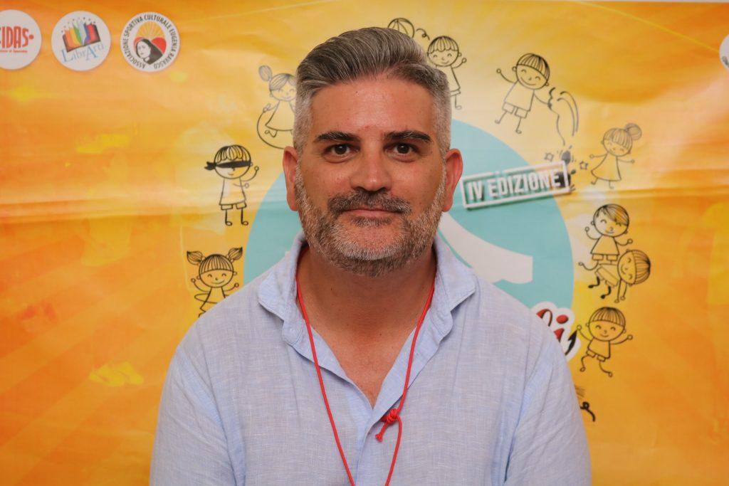 Lecce, avvocato ingiuria il consigliere comunale gay: «scotulapizze»