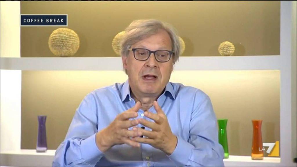 """Per Vittorio Sgarbi cinque ministri sono delle """"criptochec**e"""""""
