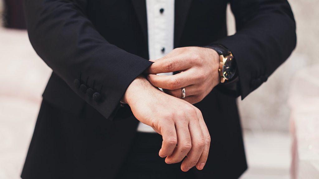 Pordenone, amante gay estorceva uomo sposato minacciandolo di outing