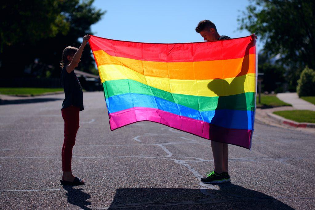 Il 77% dei millennials LGBT+ ha intenzione di diventare genitore