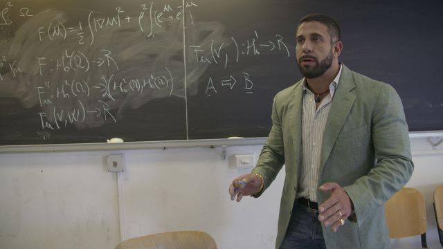 Ruggero Freddi abbandona l'università: «La Sapienza in me vede solo una tro*a»
