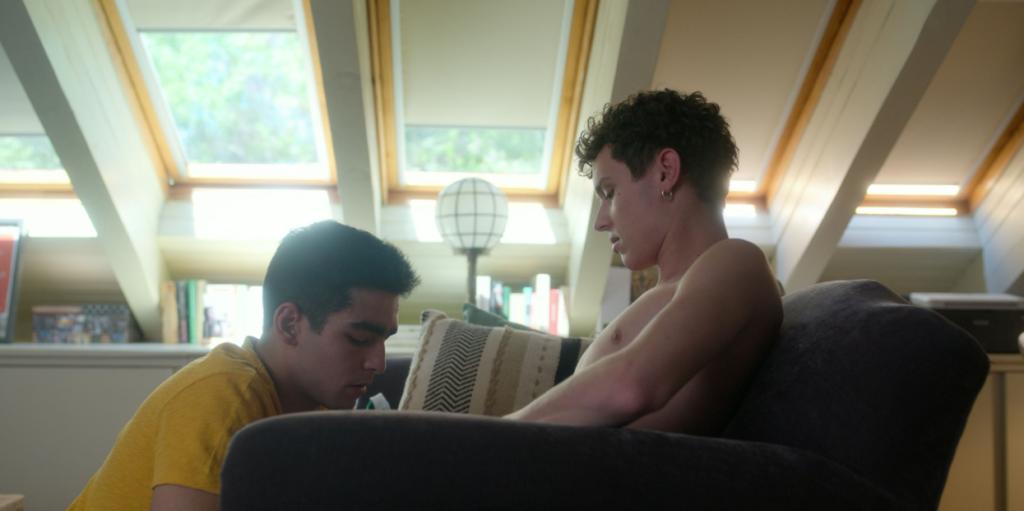 Uomini eterosessuali che fanno sesso con altri uomini: un ossimoro?