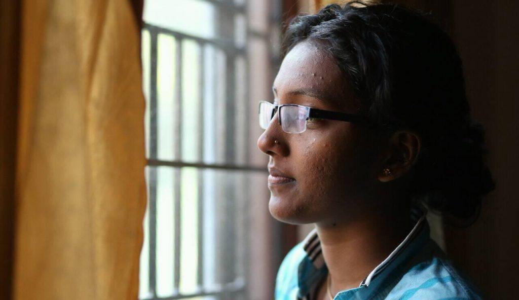 India, 21enne bisessuale si suicida dopo essere stata forzata a sottoporsi alle terapie riparative