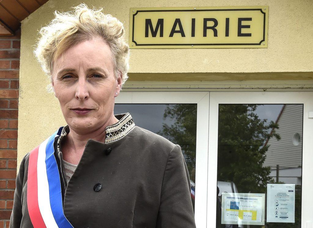 Marie Cau è la prima sindaca transgender eletta in Francia