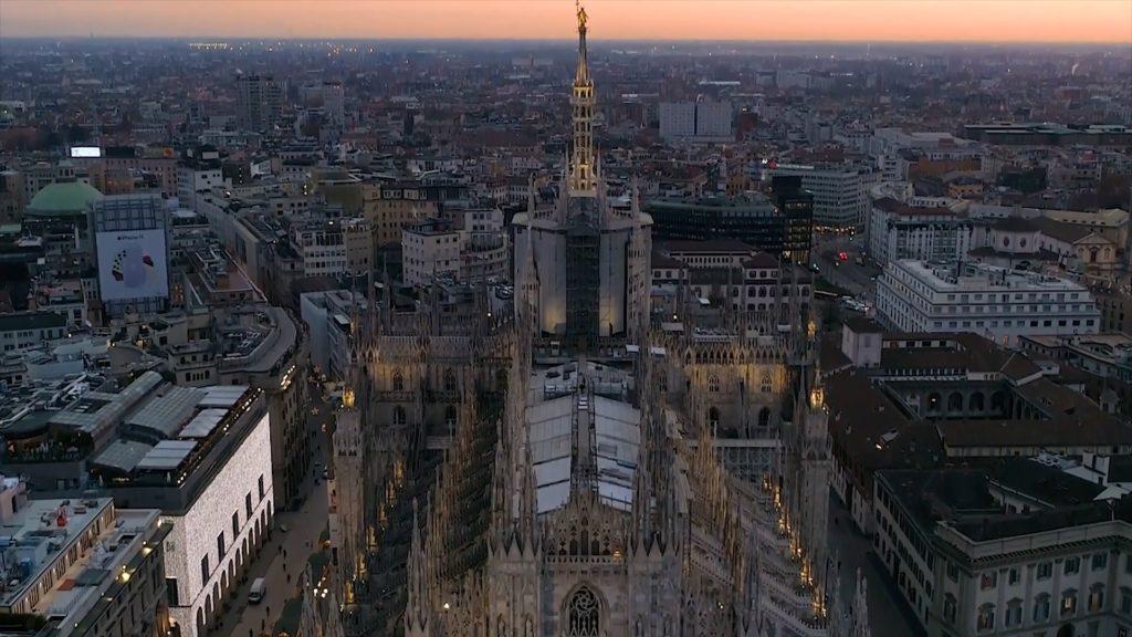 """""""Sempre Vostra, Milano"""": la toccante video-lettera della Città al popolo del Pride"""
