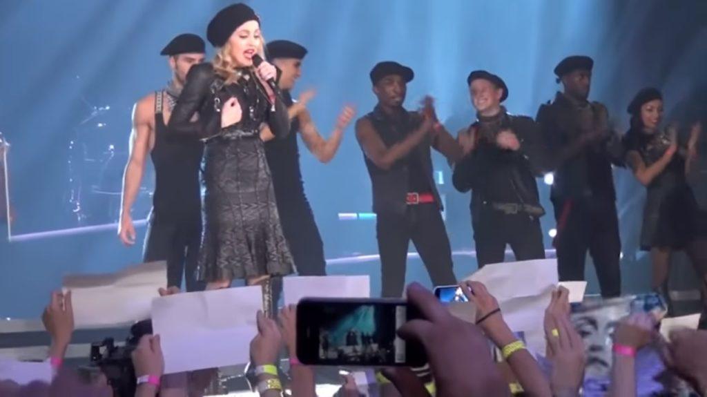 Madonna multata 1 milione di dollari per un discorso pro LGBT in Russia: «Non ho mai pagato»