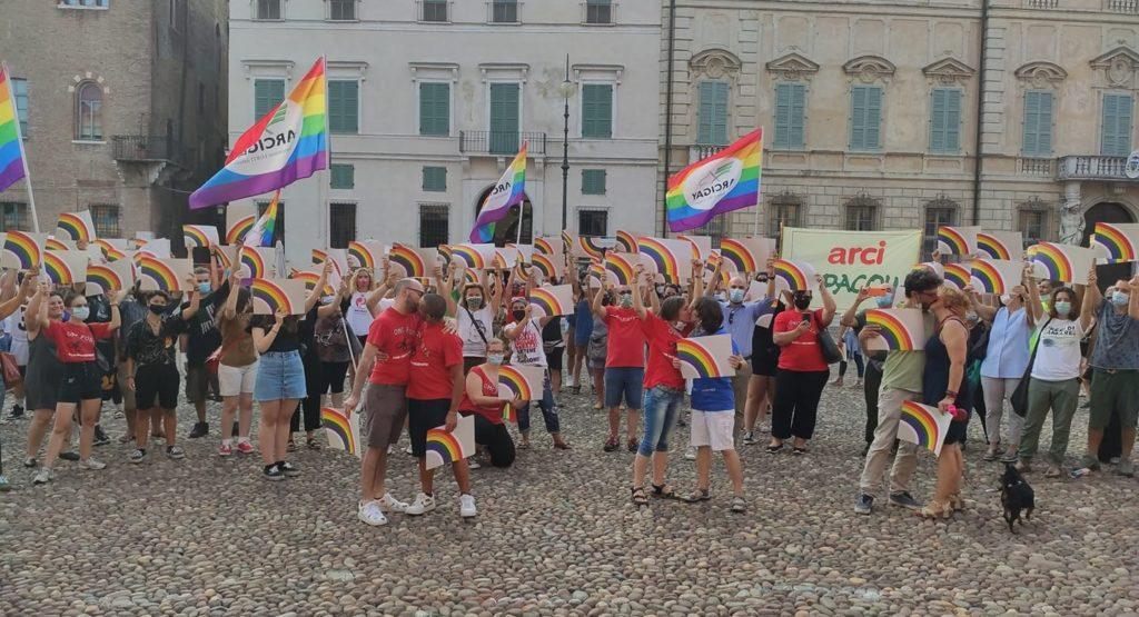 Da Lecco a Messina, un'altra settimana di manifestazioni per una legge contro l'omotransfobia