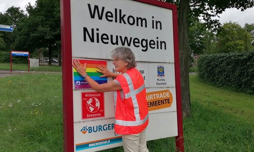 """Città olandese ritira il gemellaggio al Comune polacco dichiaratosi """"zona LGBT-free"""""""