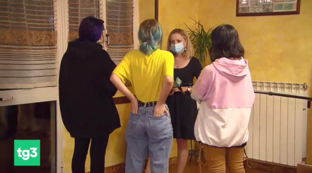 Roma, manifestanti contro ddl Zan aggrediscono delle minorenni lesbiche che si tenevano per mano