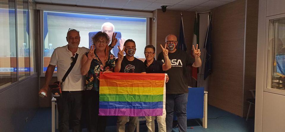 Giornata storica per la Campania: approvata la legge regionale contro l'omotransfobia