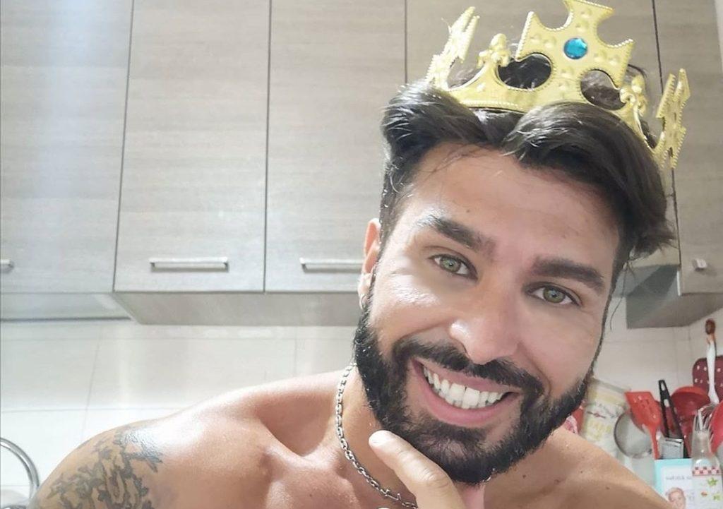 Il Gay Più Bello d'Italia 2020 è un papà e un ex pasticcere di Bake Off Italia