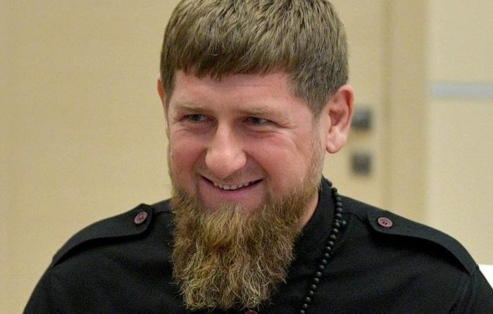 Orrore in Cecenia, 19enne costretto a sodomizzarsi e scusarsi in un video per aver criticato Kadyrov
