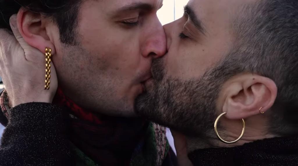 Soy lo que soy, volti queer nell'emozionante videoclip di Populous e Sotomayor
