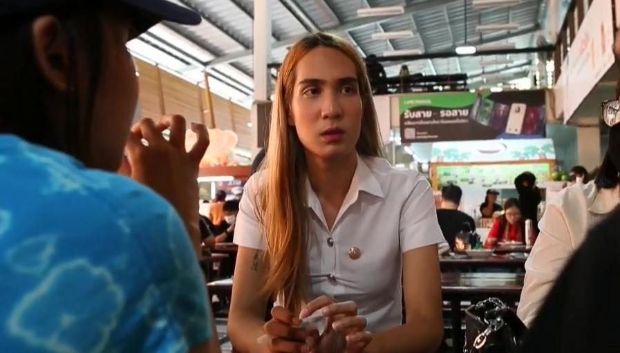 Thailandia, la conquista di una studentessa trans: potrà indossare l'uniforme femminile in università
