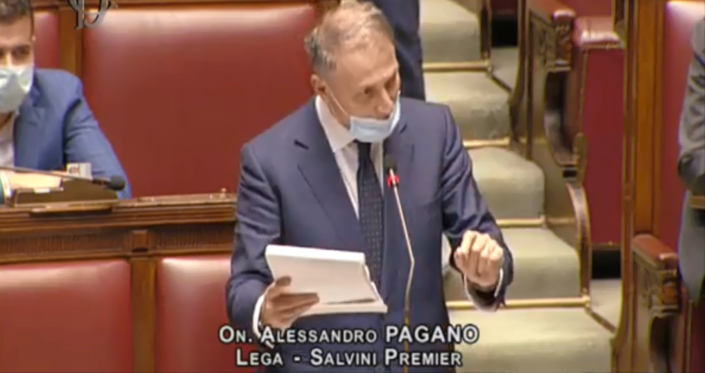 Ddl Zan, opposizione all'attacco dell'articolo 6: bagarre alla Camera