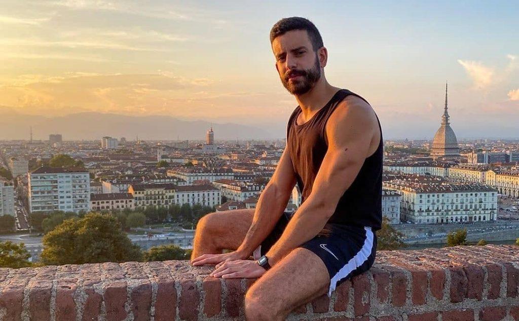 Un tour fotografico con i ragazzi di NEG Zone nelle grandi città d'Italia