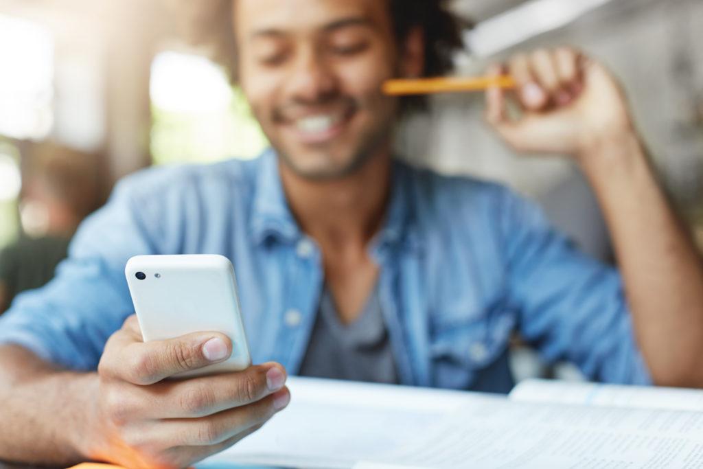 Appuntamenti online: gli occhi sono la caratteristica più importante