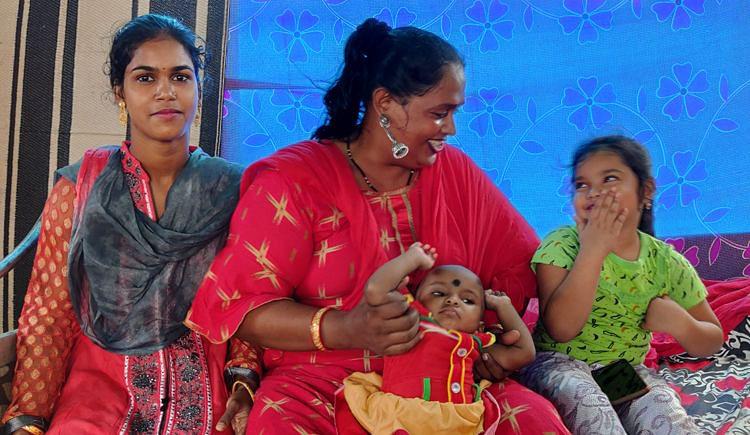 Donna trans abbandonata da piccola diventa madre di otto bambini