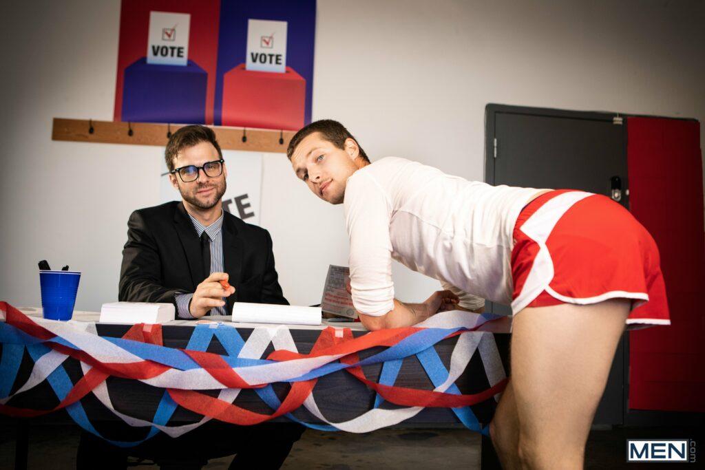 CummingSoon, la recensione di Stroke The Vote: un porno nelle cabine elettorali