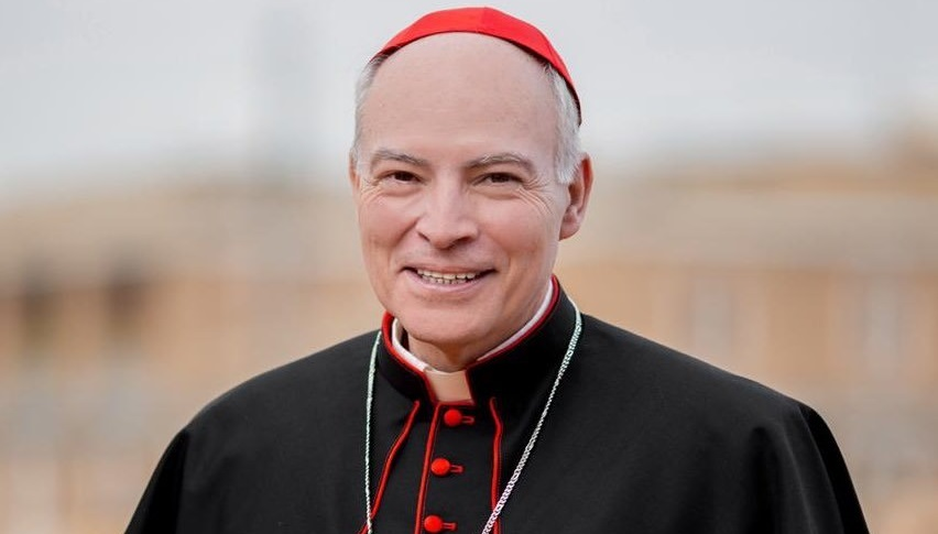Le parole del Papa sulle unioni civili fanno cambiare idea all'arcivescovo Carlos Aguiar