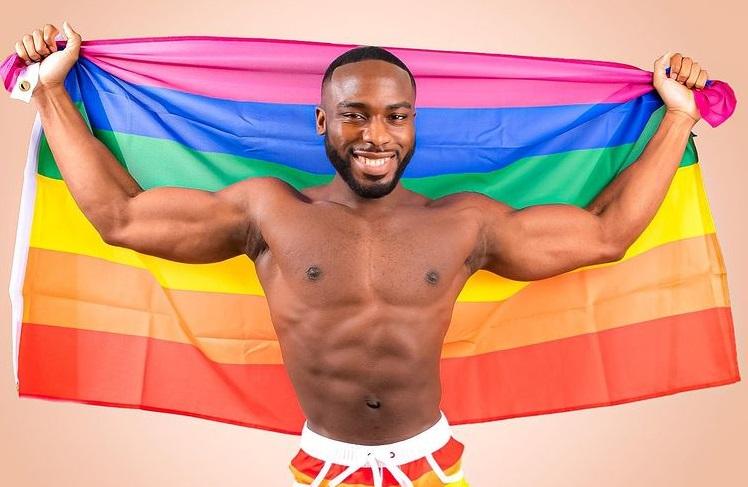 Il coming out di Bolu Okupe, figlio di un politico nigeriano omofobo