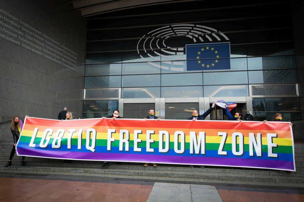 L'Unione Europea si è dichiarata zona di libertà dei diritti LGBTQI