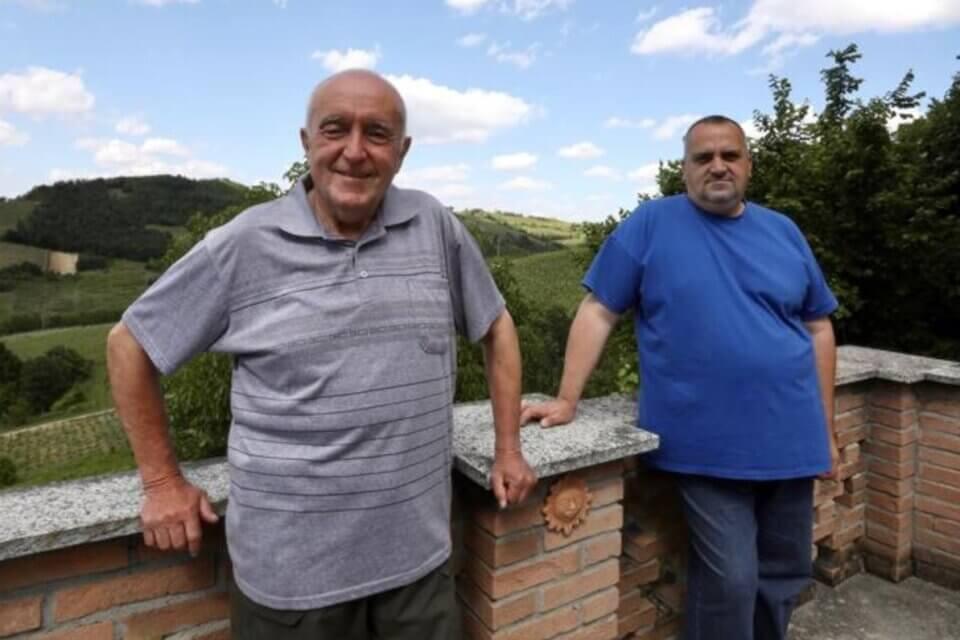 Oltrepò Pavese, spari contro l'abitazione di una coppia gay: «In paese derisi e odiati»