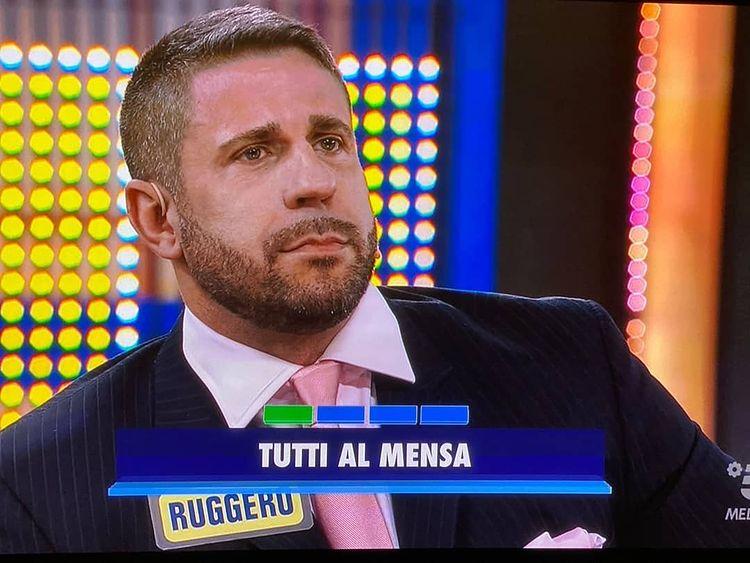 Avanti un altro, Ruggero Freddi: «Tagliato il mio augurio alle persone trans»