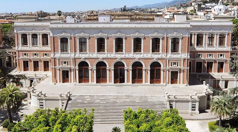 «Sei un fr***o perso»: ex studente dell'Università di Messina denuncia il docente