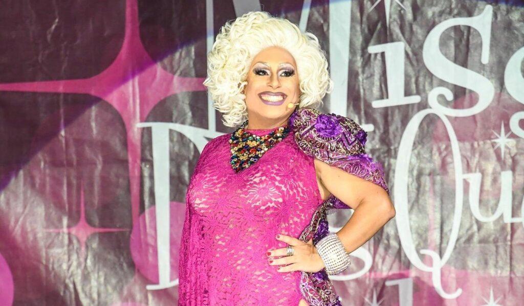 Il sindaco di Gallarate ironizza sull'evento politico con La Wanda Gastrica