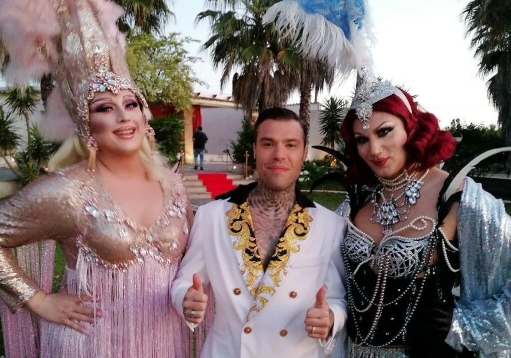 "Drag queen mortificate sul set di ""Mille"": Paola Penelope scrive a Fedez"