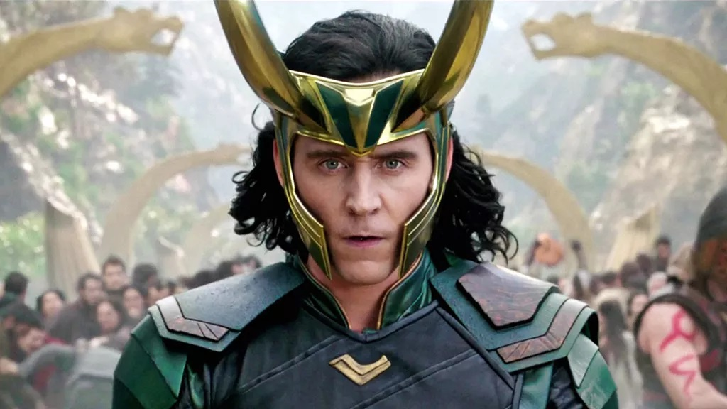 Loki è bisessuale: il coming out del dio dell'inganno nella serie su Disney+