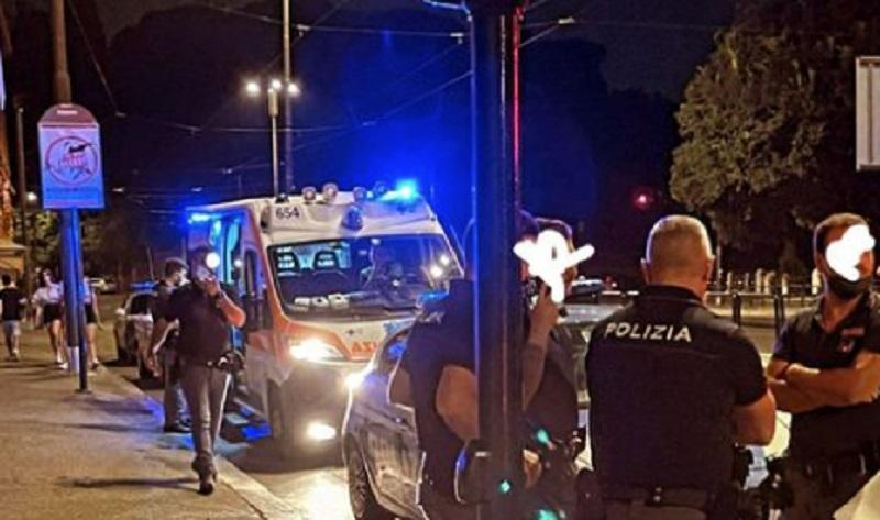 """Aggressione lesbofobica a Roma: tagli al volto con un coltello nella """"gay street"""""""